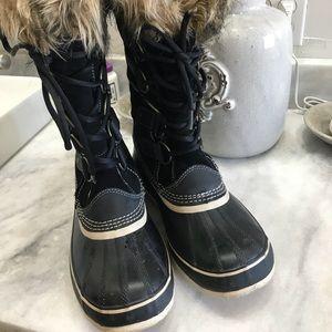 Sorel Joan of Arctic Size 10
